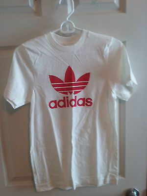 Vintage Adidas Red Trefoil T-shirt - Size 16 (Youth)  (#1 of 2)