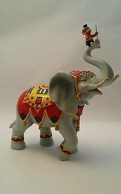 Trunk Show Elephant ( Small  in Size )Jumbo #2267