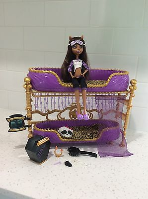 Monster High Dead Tired Bed and Clawdeen Wolf Doll