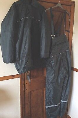 Two Piece Bib And Brace & Coat Fishing Suit Size 42-44 Green