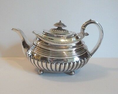19th C. ENGLISH GEORGE III STERLING SILVER TEAPOT, LONDON, c. 1816, 565 grams