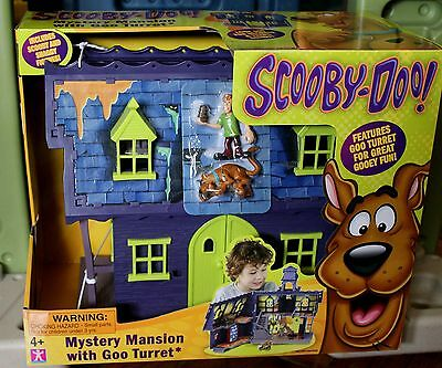 Scooby Doo Mystery Mansion Playset w/ Goo Turret Scooby & Shaggy Figures NEW