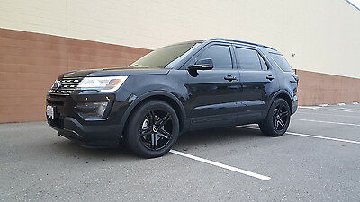 2016 Ford Explorer Limited Sport Utility 4-Door 2016 Ford Explorer LIMITED, Black/Black, Blacked out - LOADED - tv's,custom rims