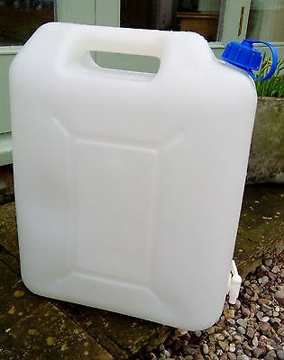 20L WATER CARRIER / CONTAINER with TAP