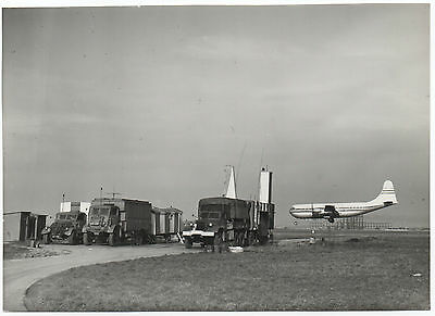 Original Vintage Photo - Boac Stratocruise Landing At Lhr In The Early Days