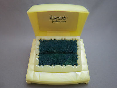 VTG Art Deco Jewelry Ring Display Box Yellow Marble Plastic Celluloid Engagement