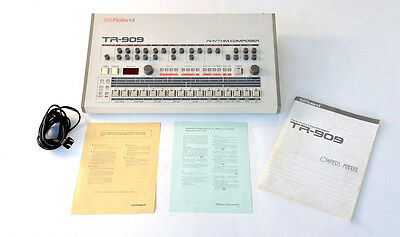 Roland TR-909 Rhythm Composer w/Manual & CARTRIDGE ~~MINT~~ Vintage Drum Machine