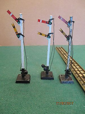Hornby Dublo 00 Gauge '3 Sets of Signals' (Boxed)