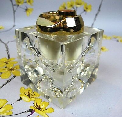 Vintage Colibri of London TABLE LIGHTER in a clear perspex/glass cube.