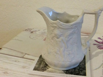 BRITISH HERITAGE PORT MERION PARIAN PORCELAIN CHERUB  WHITE JUG  HEIGHT 9.5cm