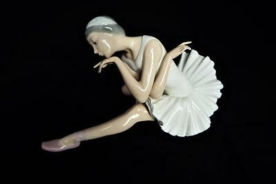"""BEAUTIFUL LLADRO PORCELAIN SPAIN FIGURINE No:4855 """" DEATH OF THE SWAN """" RETIRED"""