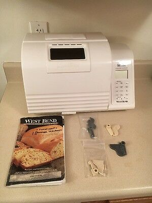 West Bend Bakery Bread Machine Automatic Baker's Choice 41080R 2Lb Loaf