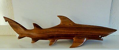 VINTAGE STUNNING VERY LARGE HAND CARVED ?BLUE SHARK with REAL TEETH