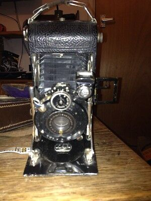 Vintage Jhagee Camera With Zenith Lens And Case