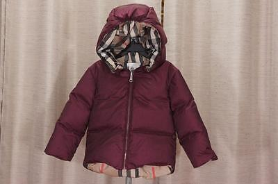 Burberry Puffy  Hooded  Jacket 3Y