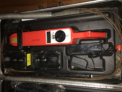 Pipe Inspection Spy 780 Portable Holiday Detector/Cable Pipe Locator+Acc & Case
