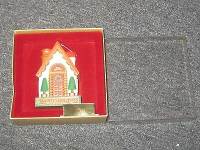 HALLMARK YESTERYEARS 1977 GINGERBREAD HOUSE ORNAMENT in ORIGINAL BOX