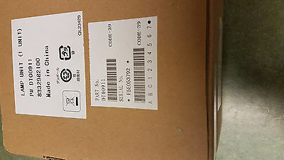 NEW - Hitachi DT00911 230 W Projector Lamp UHB