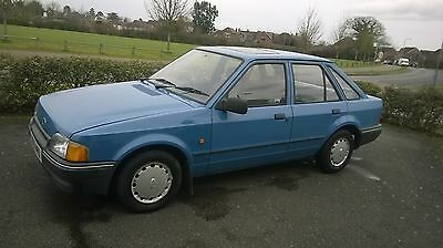 1988 FORD ESCORT L 5SPD BLUE Easy Restoration Project