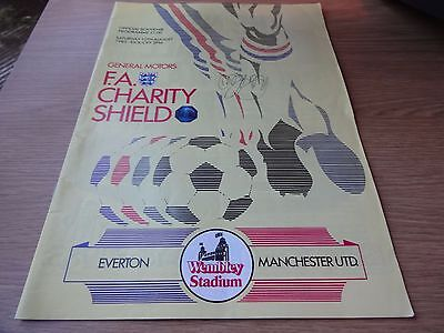1985 Charity Shield - Manchester United  v  Everton