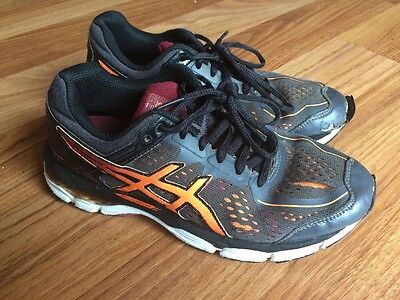 Boys Asics Shoes Runners Trainers Size 3 Used