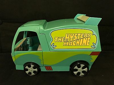 Scooby Doo Mystery Machine With Action Figure Lot EUC