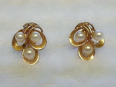Pretty Estate Vintage Natural Pearls 14K Yellow Gold In Stud Earring Set