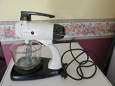 "' Retro "" Sunbeam Mixmaster As Is Not Original Bowl ' Works Well 12 Settings"