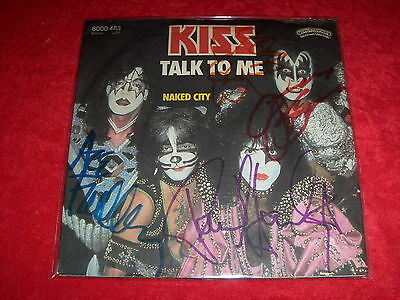 """KISS 7"""" Talk to me *Cover Signed by 4 Members**Gene Paul Ace ERIC CARR Vinyl 45"""