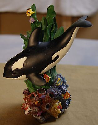 Sea World Orca Whale Figurine 6 inches tall