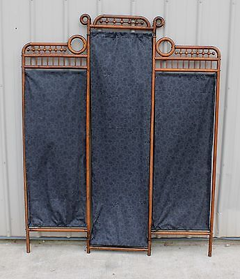 1890s 1905 STICK & BALL 3 SECTION OAK DRESSING SCREEN OR ROOM DIVIDER