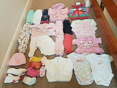 baby Girl clothes bundle - 0-3 months - 27 items
