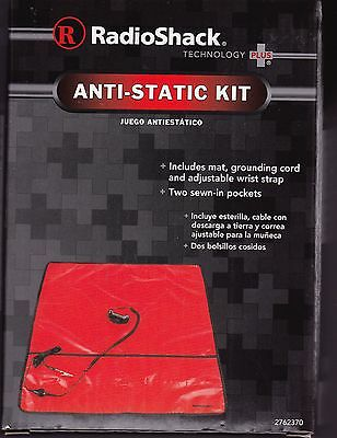 Radio Shack Anti-Static Service Kit includes mat, grounding cord & wrist strap