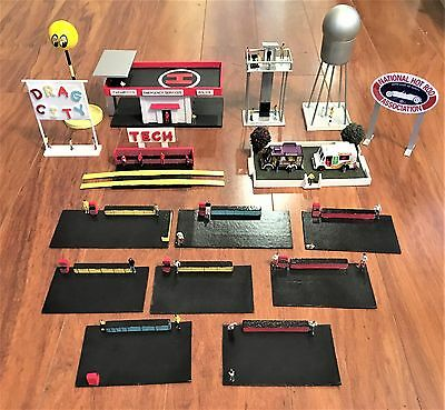 Lot Of Homemade HO Scale Buildings And Accessories Assembled And Used - Loose