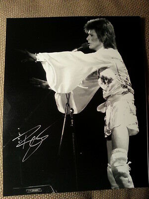 David Bowie Original Hand Signed Autograph 8 x 10 Photo with COA