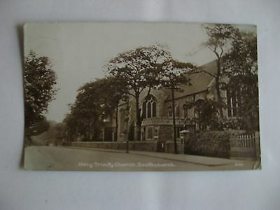 Collectable Postcard of Southend on Sea. Southchurch. Holy Trinity Church.Essex