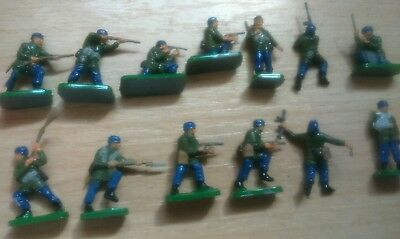 1/72 20mm WW2 GERMAN PARATROOPERS PAINTED INFANTRY X13 joblot Early war 1940/1