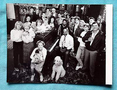 Original 1980's Promo Photo Eastenders Cast In The Queen Vic