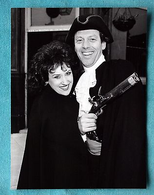 Original 1986 Bbc Promo Photo Eastenders Den And Angie Watts - Grantham Dobson