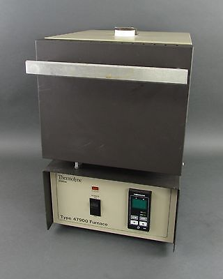 Barnstead / Thermolyne Type 47900 Digital Lab Furnace, F47928 - 2000°F, 208 V