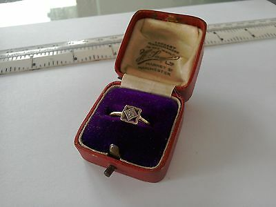 Antique 18ct Gold Diamond Ring very old and worn in box