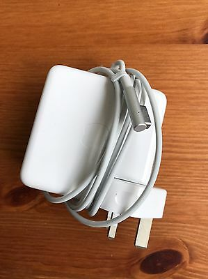 Apple Macbook MagSafe 85w Power Adapter / Charger