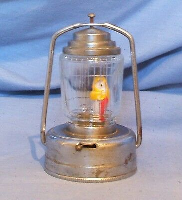 Vintage Night Light With Figural Bulb