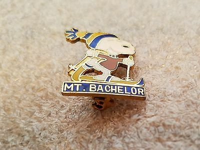SNOOPY MT. BACHELOR PIN,  United Features, Aviva