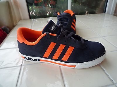 Ladies size UK 5 (38) Adidas NEO Casual Trainers