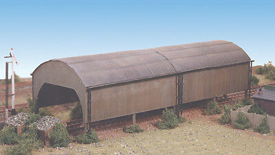 RATIO N Gauge Model Railway/Layout/Scenic Kit No:231 Carriage Shed.