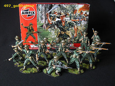 Airfix  Australian Infantry x 14 boxed WW2 1/32 painted professionally.