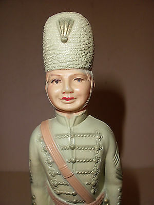 """7"""" Rare vintage viscoloid celluloid toy palace guard soldier in uniform w/ sword"""