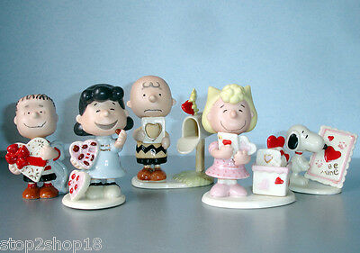 Lenox Peanuts Valentine's Day Set of 5 Figurines Charlie Brown Snoopy NEW