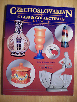CZECHOSLOVAKIAN PRICE GUIDE COLLECT BOOK Glass, Pottery, Perfume, Jewelry, Pipes